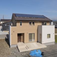 太陽光発電パネルとは?太陽光発電システムとは?発電→使う→売るの仕組みを理解しようの画像