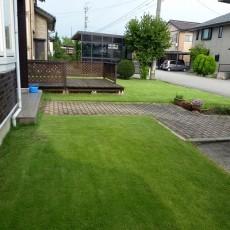 芝生の張り方・芝張りは春と秋が張り時!の画像