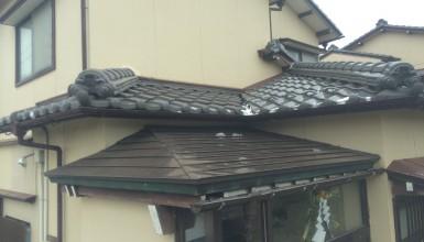 強風で雨漏り! ガルバリウム鋼板製の屋根へ葺き替え
