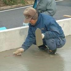 土間コンクリートの仕上げ方を上手に使い分けするポイントの画像