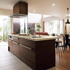 LIXILサンウェーブシステムキッチンの最大の特長は収納量と使いやすさの画像
