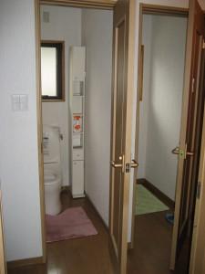 古い間取りのトイレを介護用にリフォーム