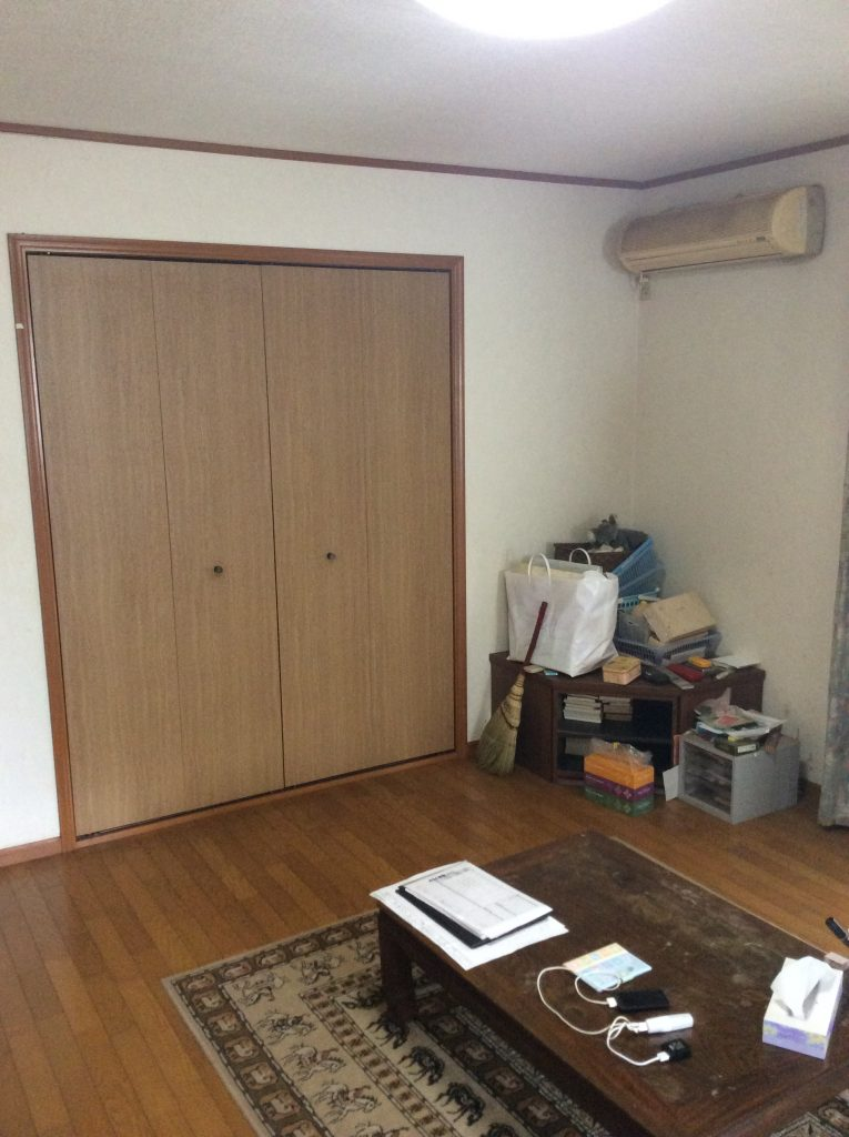 内装リフレッシュ工事|リビングの中に段差なしの畳スペースを増設