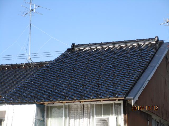 瓦葺き替えで屋根の不安を解消