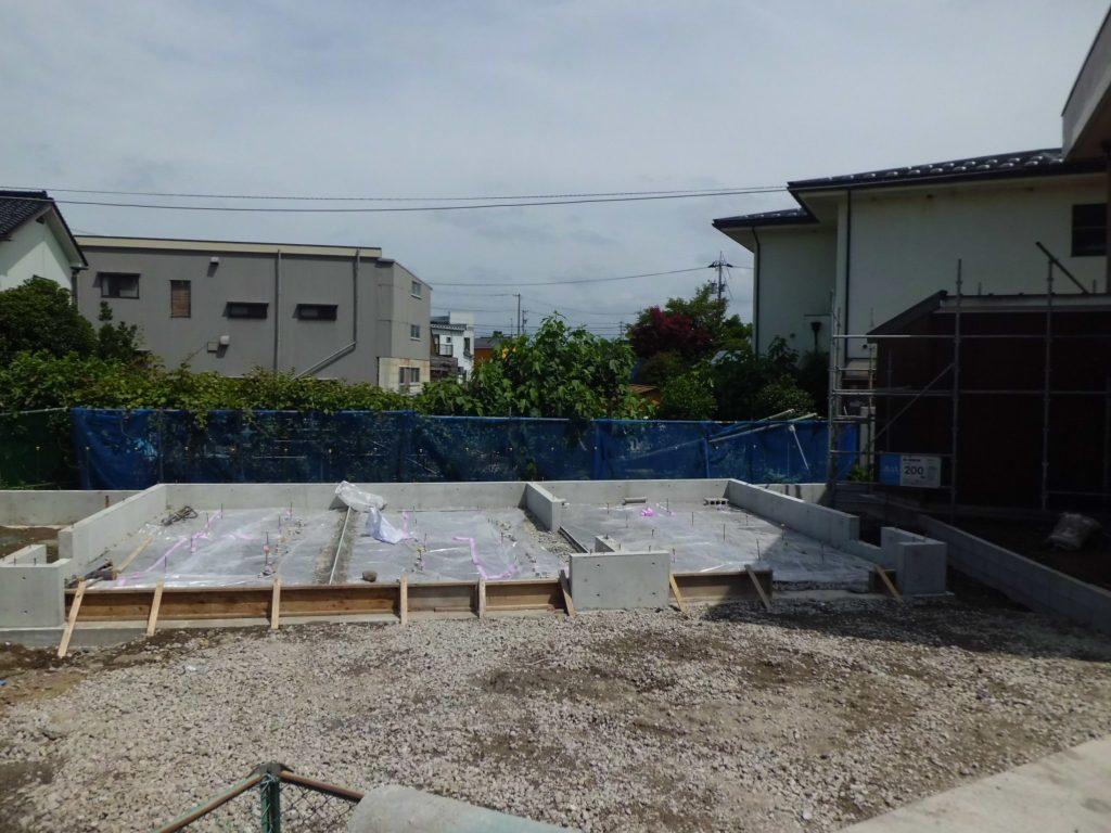 ガレージ建築工事 2×4ガレージ車庫 施工事例