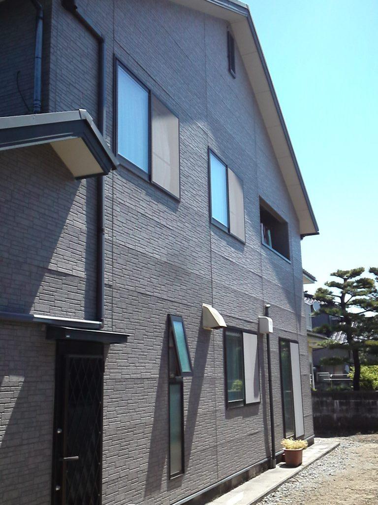 外壁・屋根重ね張り工事|高耐久の金属サイディング