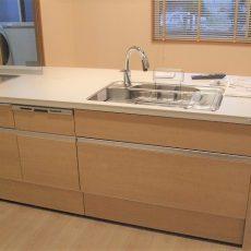 【入善町 完成】キッチンがリビングになる♪LIXILリシェルSiセラミックカウンターの画像