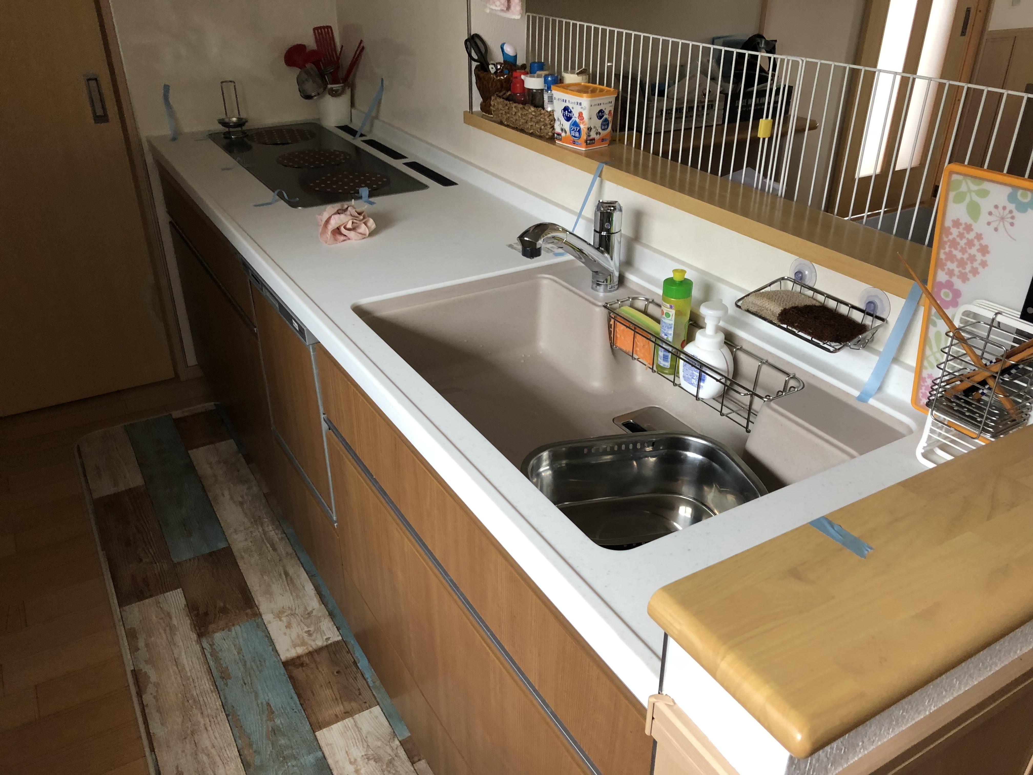 【築5年】システムキッチン 人造大理石天板の取替工事