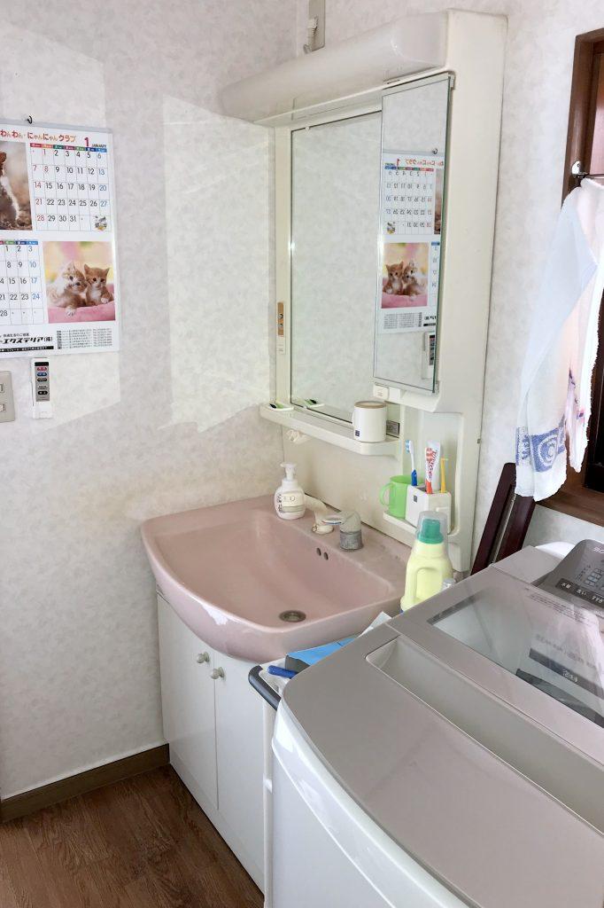 洗面化粧台取替工事 明るく快適な洗面台に!
