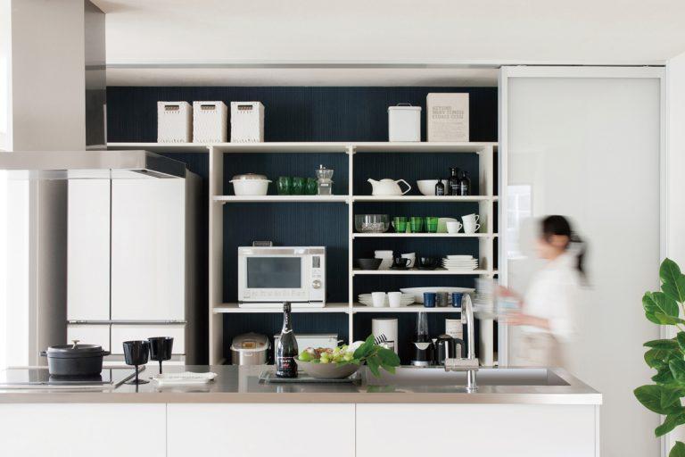 キッチンの収納・片付けが苦手な人に、ビルドインキッチン収納「フリモ」