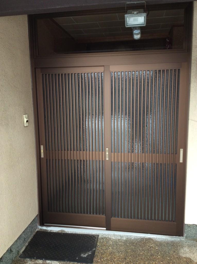 アルミ製玄関引戸で開閉もスムーズになりました。