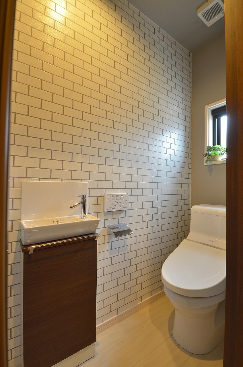 使いやすくお掃除もしやすい様式トイレ