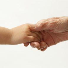 家庭内事故から高齢の親や子供を守る!事故が起きる前に出来ることの画像