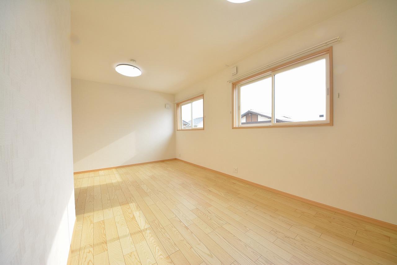 和室2間から広々フリースペースに改装