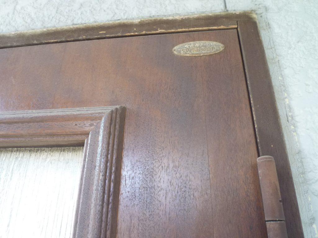 木製玄関ドア(スゥエドア)塗装工事