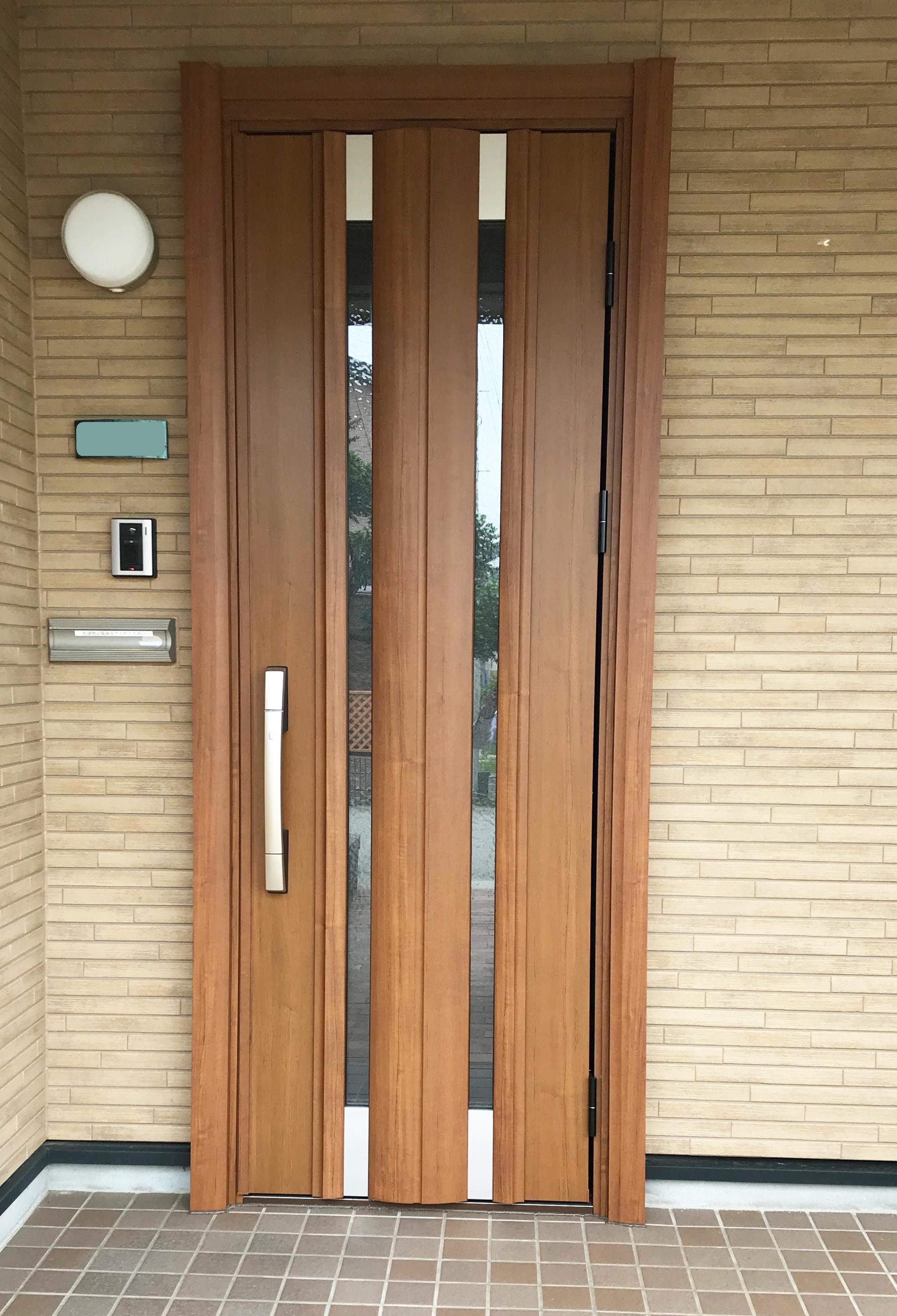 玄関ドア取替え工事