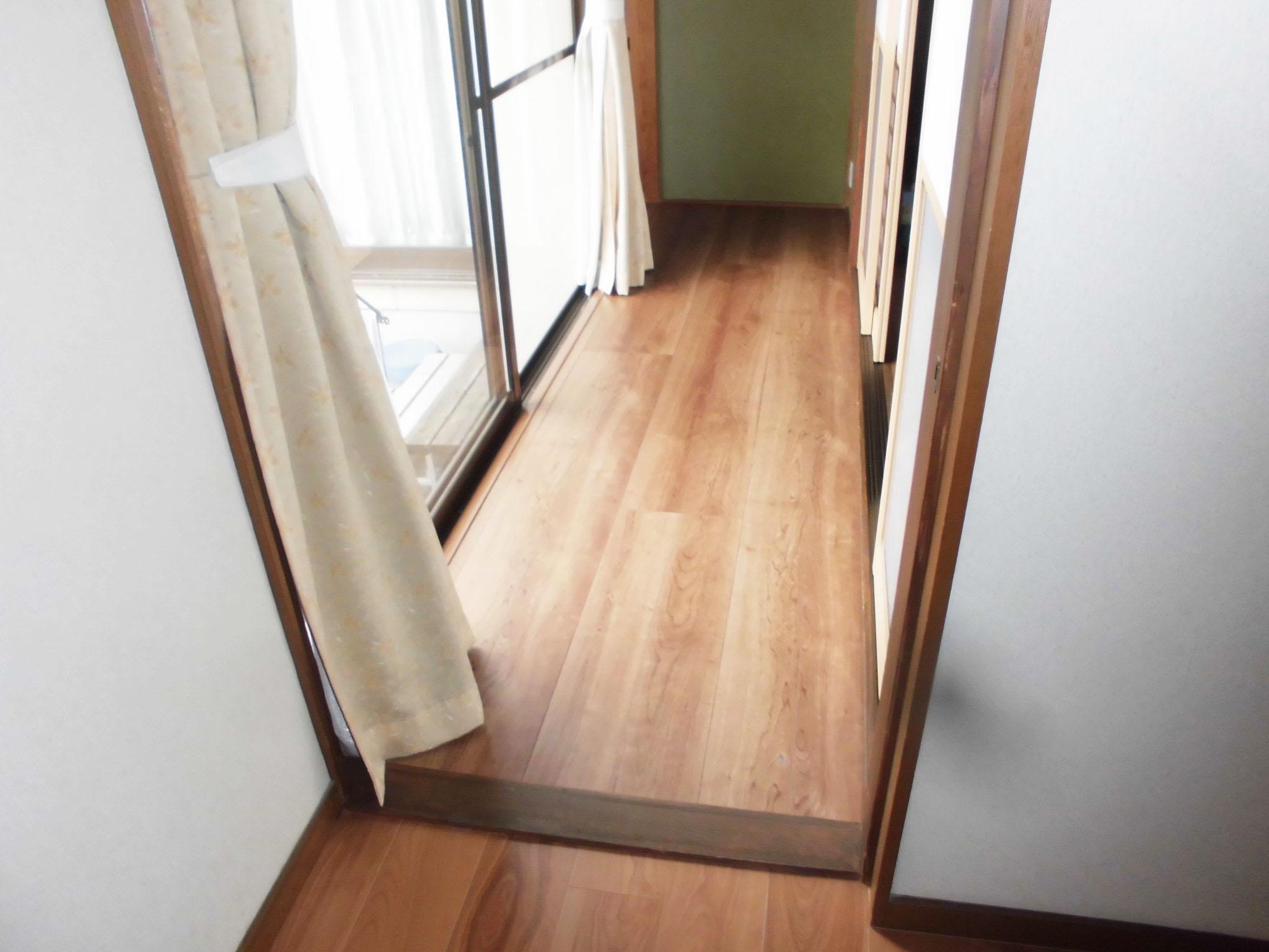 内装床貼り替え工事