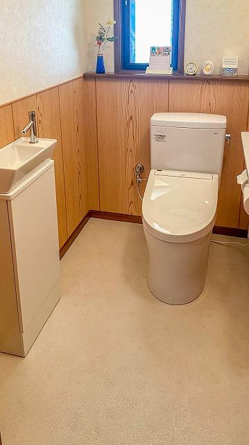 トイレ改装工事 明るく快適なトイレ空間へ