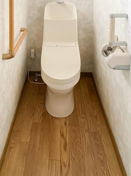トイレ入替えさらに、クッションフロア貼替え・手摺取付工事