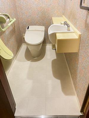 トイレ入替え・クッションフロア貼替え
