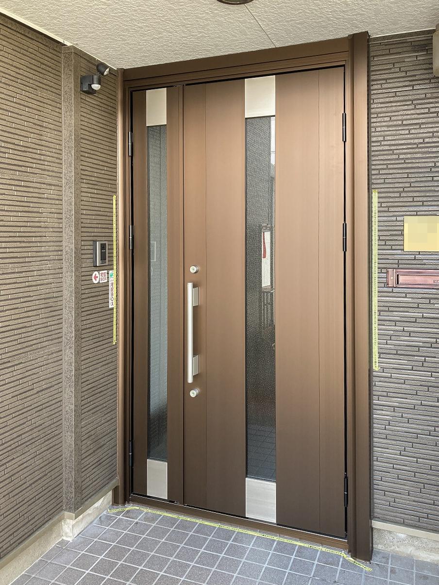 断熱性も高い玄関ドアへ取替え工事
