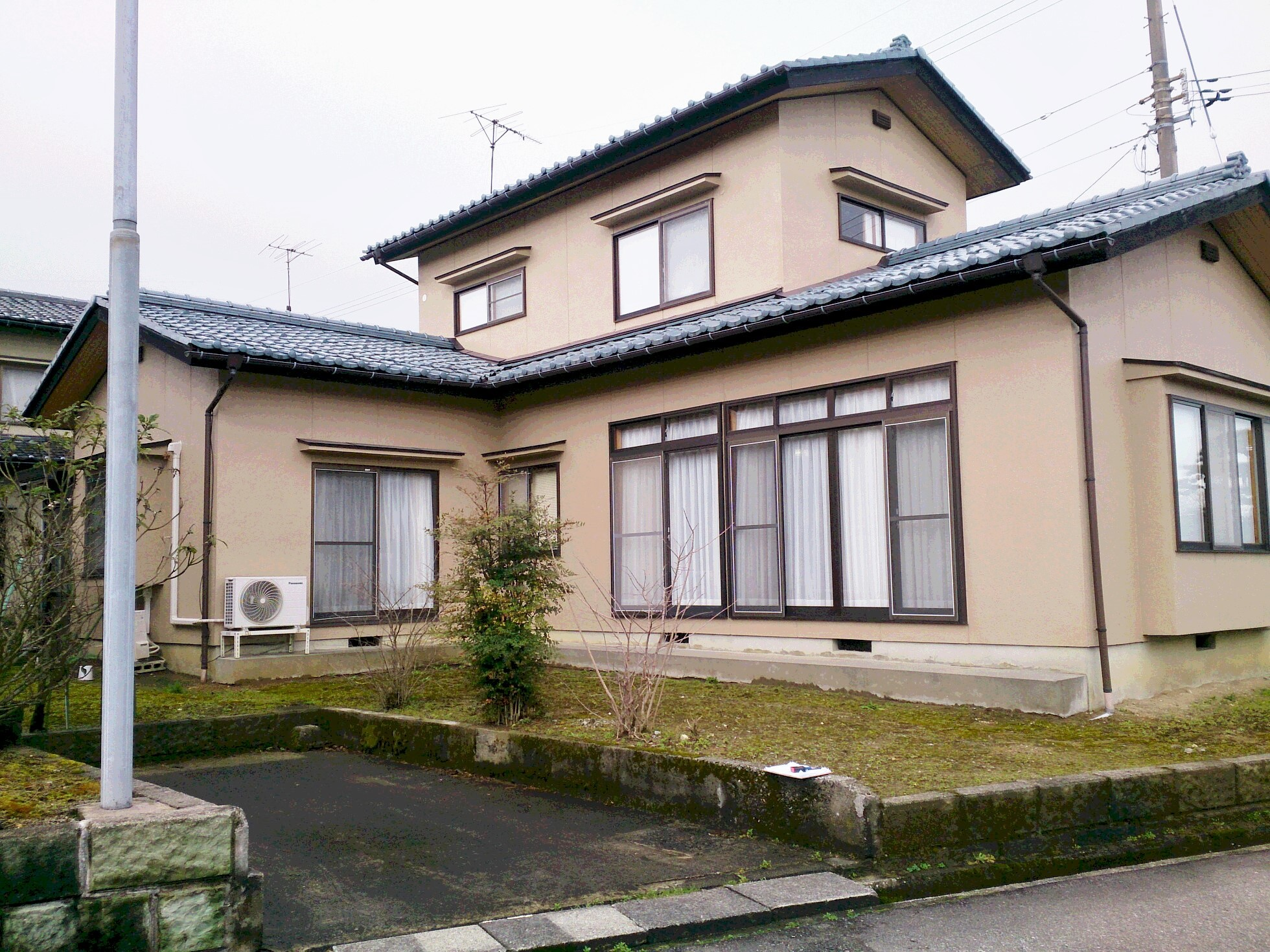 富山市本郷町で県内初の「長期優良化住宅リフォーム」住宅を工事しました。の画像